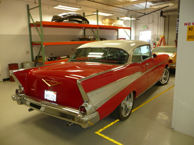 1957 CHEVROLET BEL AIR 2 DOOR COUPE - Rear 3/4 - 131193