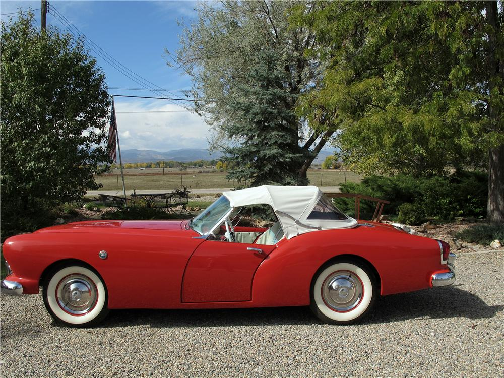 1954 KAISER DARRIN ROADSTER - Side Profile - 132689