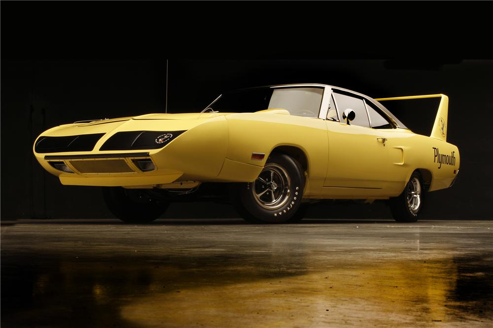 1970 PLYMOUTH HEMI SUPERBIRD 2 DOOR HARDTOP - Front 3/4 - 132690