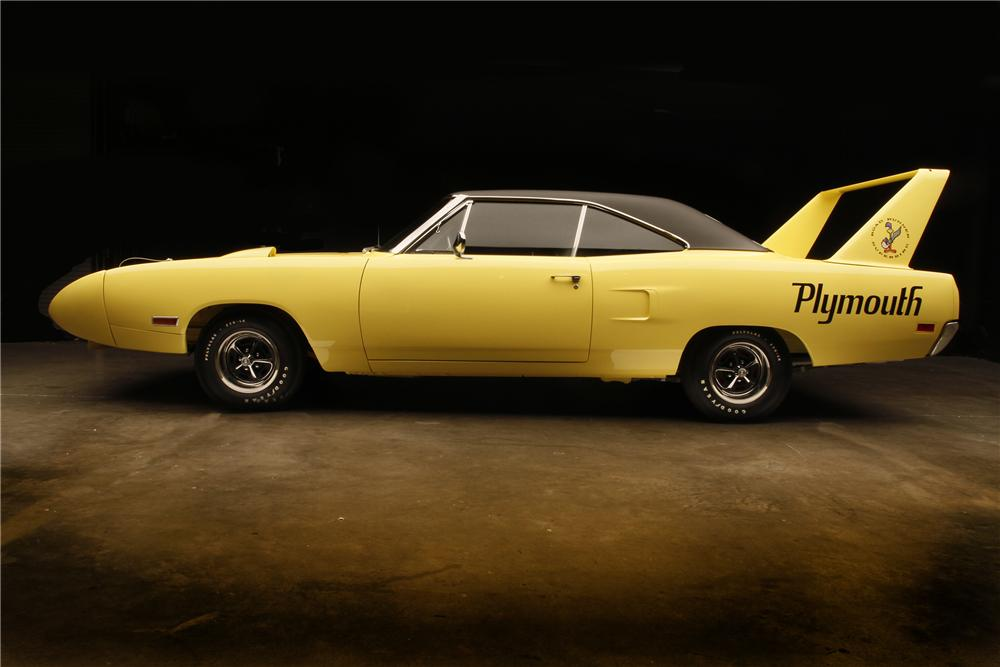 1970 PLYMOUTH HEMI SUPERBIRD 2 DOOR HARDTOP - Side Profile - 132690