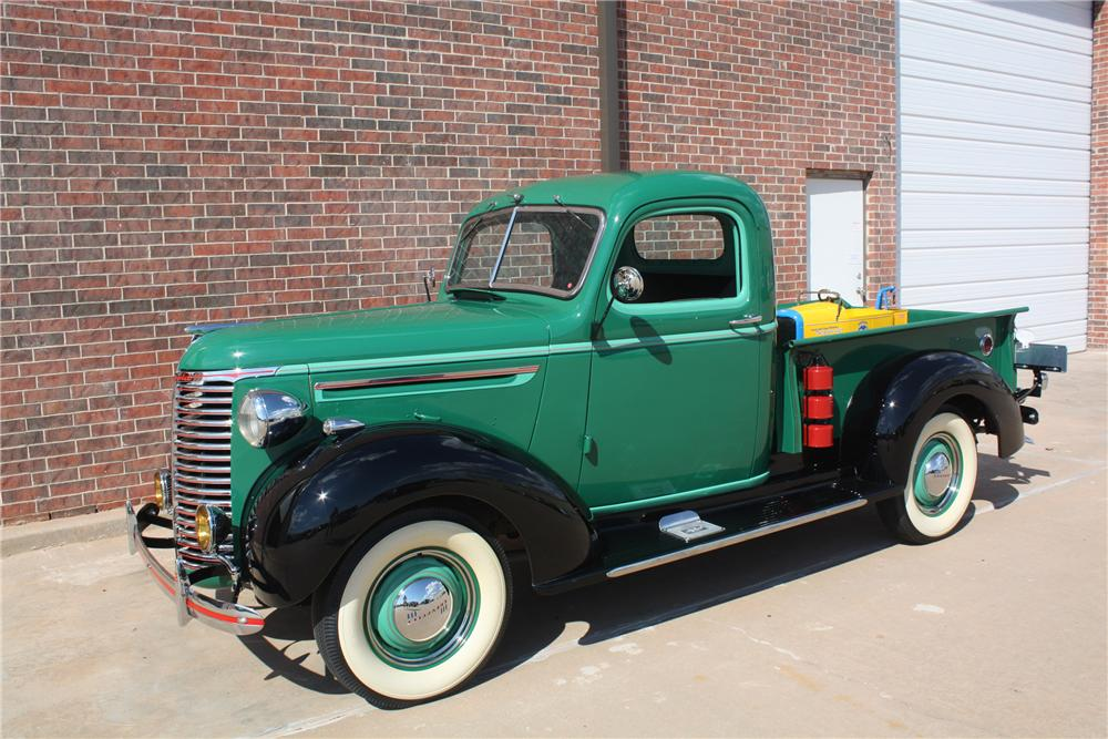 1939 CHEVROLET PICKUP - Front 3/4 - 132691