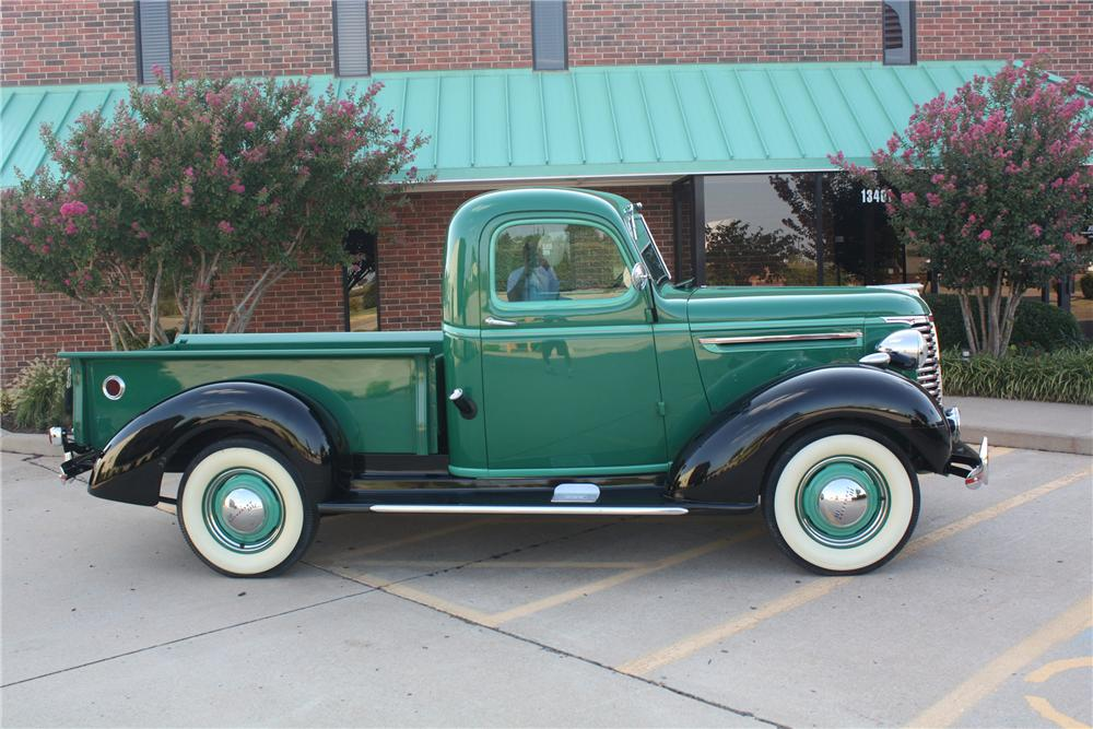 1939 CHEVROLET PICKUP - Side Profile - 132691