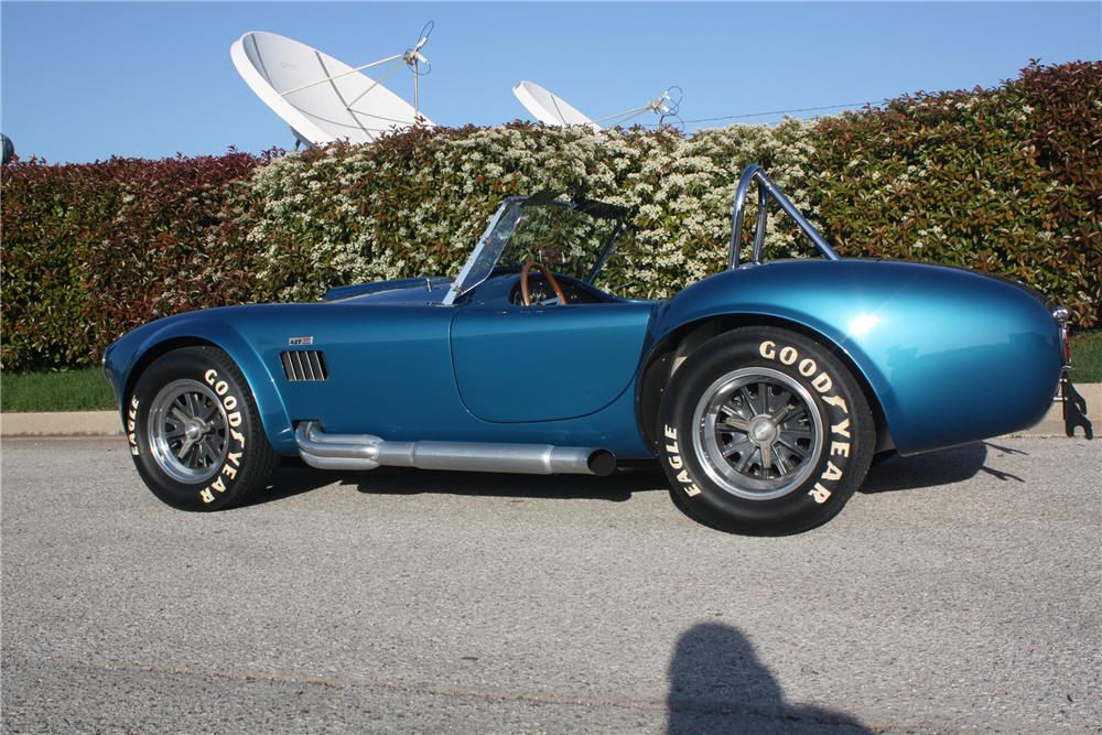 1965 SHELBY COBRA CSX 6000 ROADSTER - Side Profile - 132694