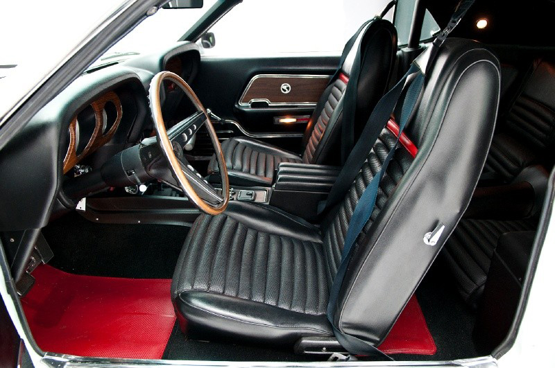 1970 SHELBY GT500 FASTBACK - Interior - 132708