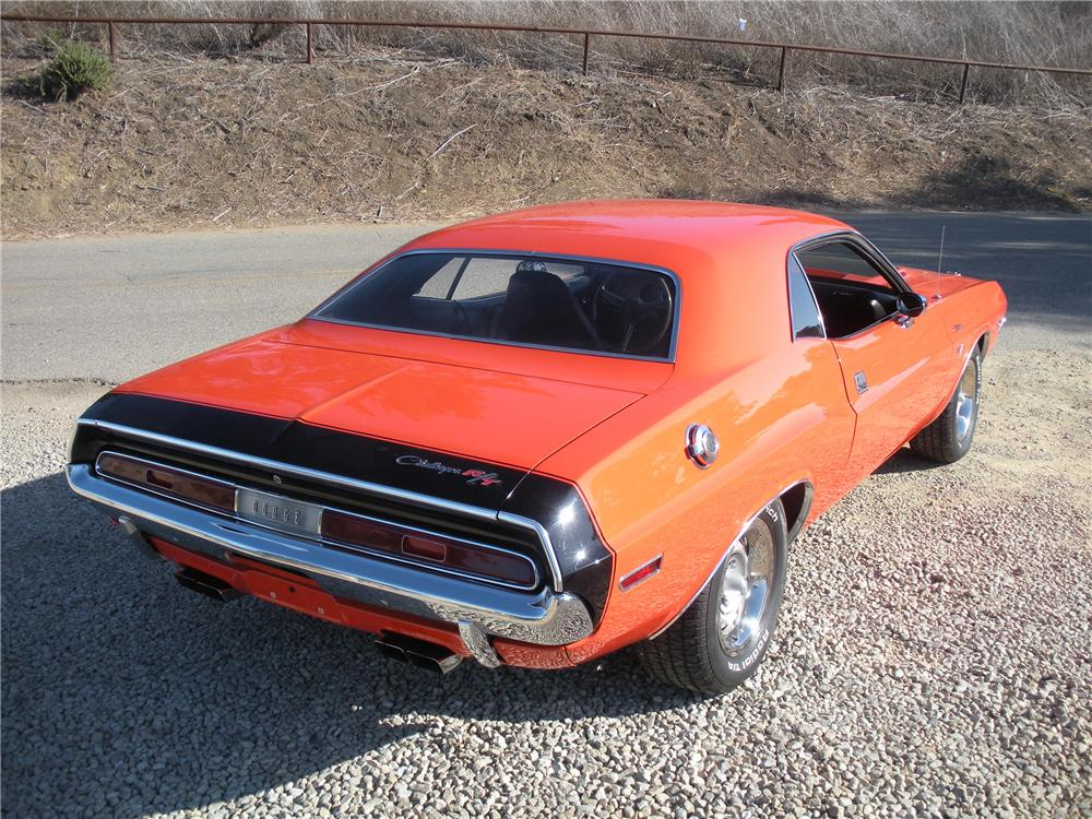 1970 DODGE CHALLENGER R/T 2 DOOR HARDTOP - Rear 3/4 - 132744