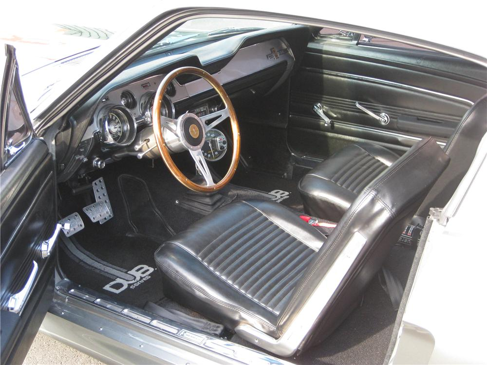 1967 FORD MUSTANG CUSTOM FASTBACK - Interior - 132764