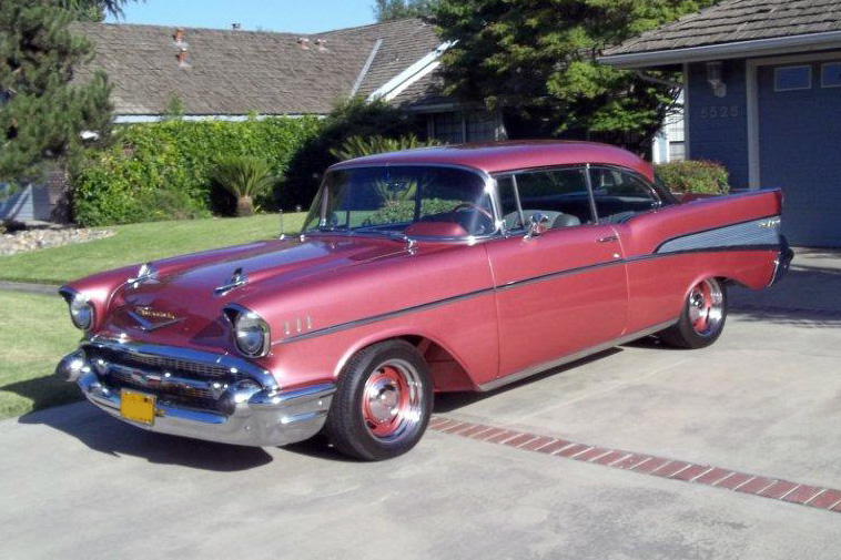 1957 CHEVROLET BEL AIR 2 DOOR HARDTOP - Front 3/4 - 132794