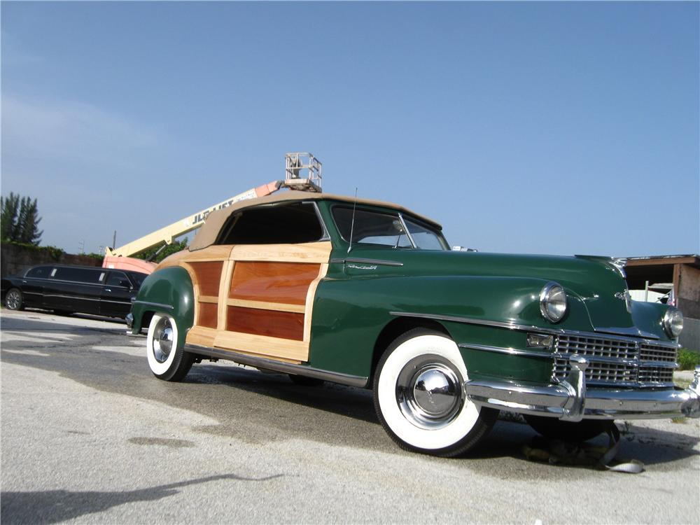 1948 CHRYSLER TOWN & COUNTRY CONVERTIBLE - Front 3/4 - 132795