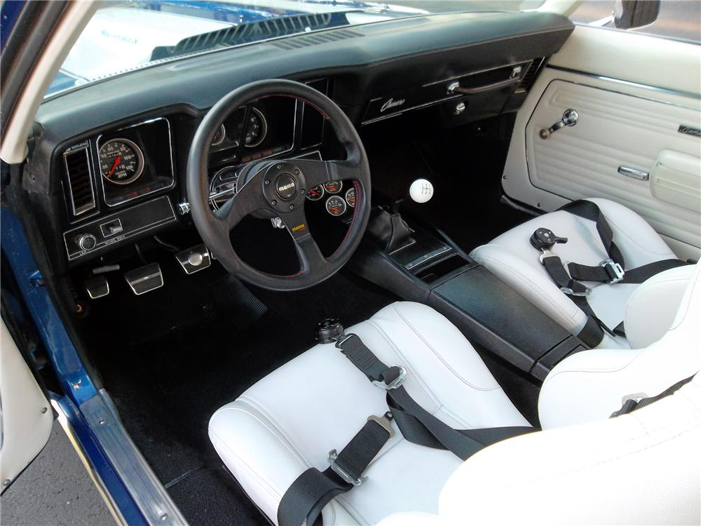 1969 CHEVROLET CAMARO CUSTOM 2 DOOR COUPE - Interior - 132797