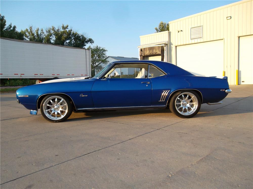 1969 CHEVROLET CAMARO CUSTOM 2 DOOR COUPE - Side Profile - 132797