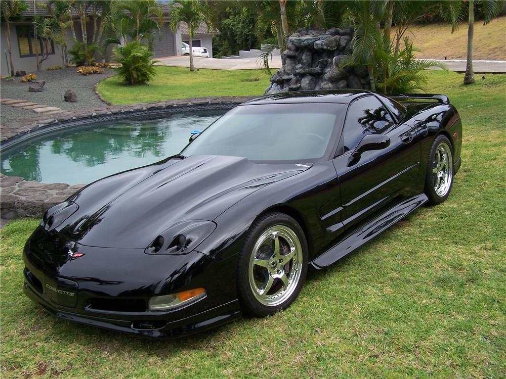 1998 CHEVROLET CORVETTE COUPE - Front 3/4 - 132799
