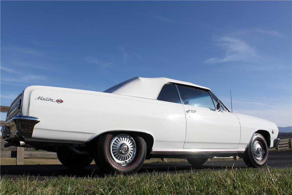 1965 CHEVROLET MALIBU SS CONVERTIBLE - Rear 3/4 - 132801