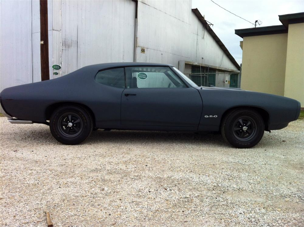 1969 PONTIAC GTO CUSTOM 2 DOOR HARDTOP - Side Profile - 132812