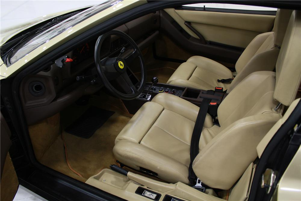 1988 FERRARI TESTAROSSA 2 DOOR COUPE - Interior - 132817