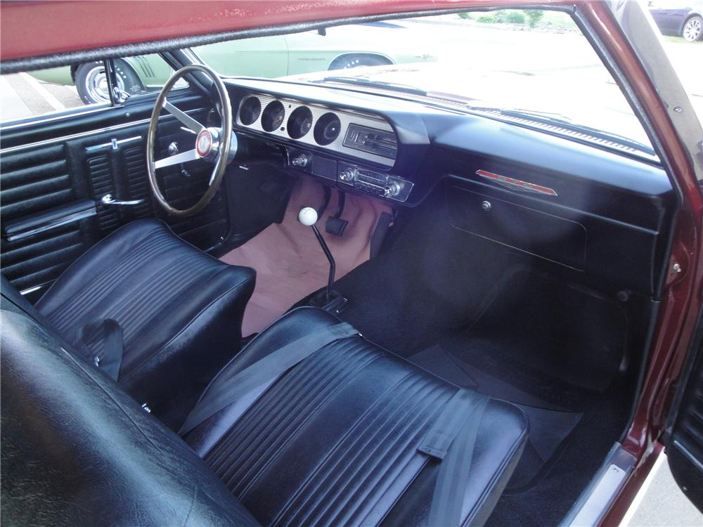 1964 PONTIAC GTO 2 DOOR COUPE - Interior - 132820