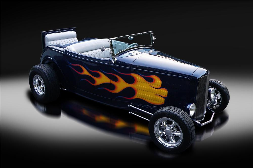 1932 FORD HI-BOY CUSTOM CONVERTIBLE - Front 3/4 - 132827