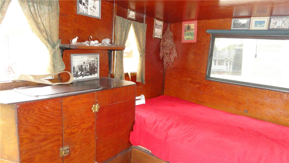1937 FORD HOUSECAR CAMPER - Interior - 132846