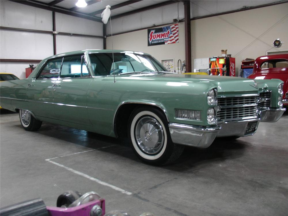 1966 CADILLAC CALAIS 4 DOOR SEDAN - Side Profile - 132860