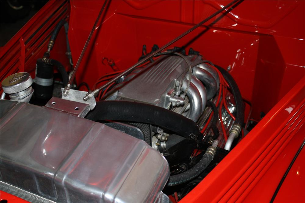 1939 FORD CUSTOM PICKUP - Engine - 132885