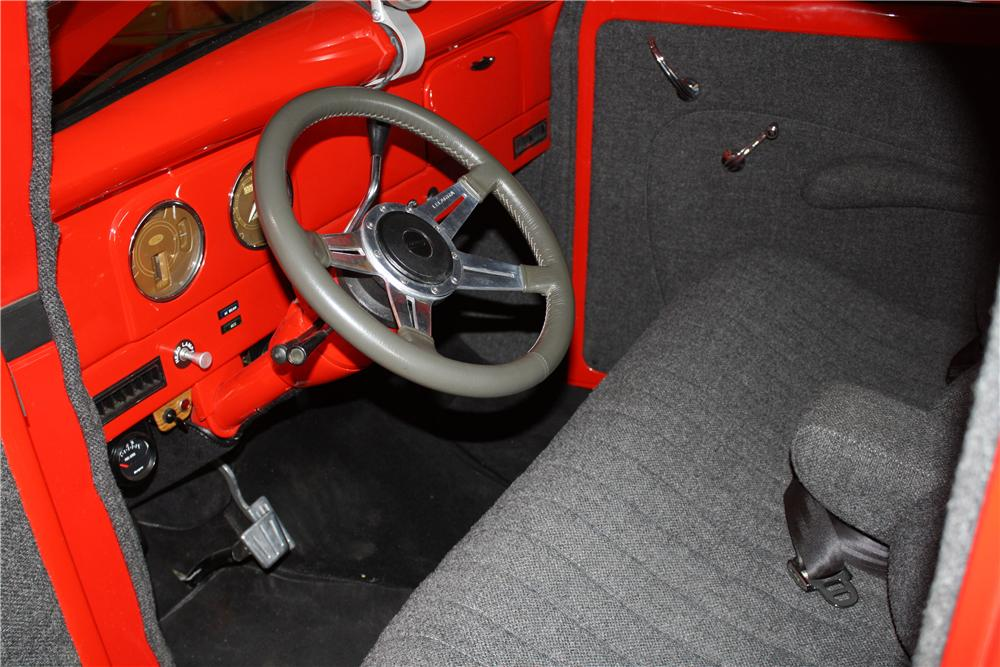 1939 FORD CUSTOM PICKUP - Interior - 132885