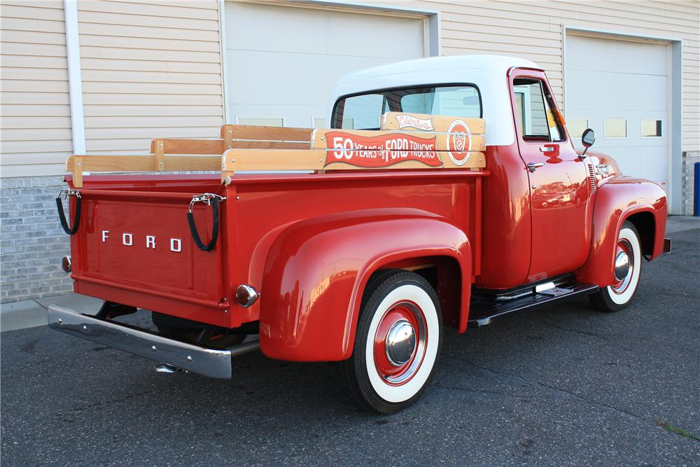 1953 FORD F-100 PICKUP - Rear 3/4 - 132887