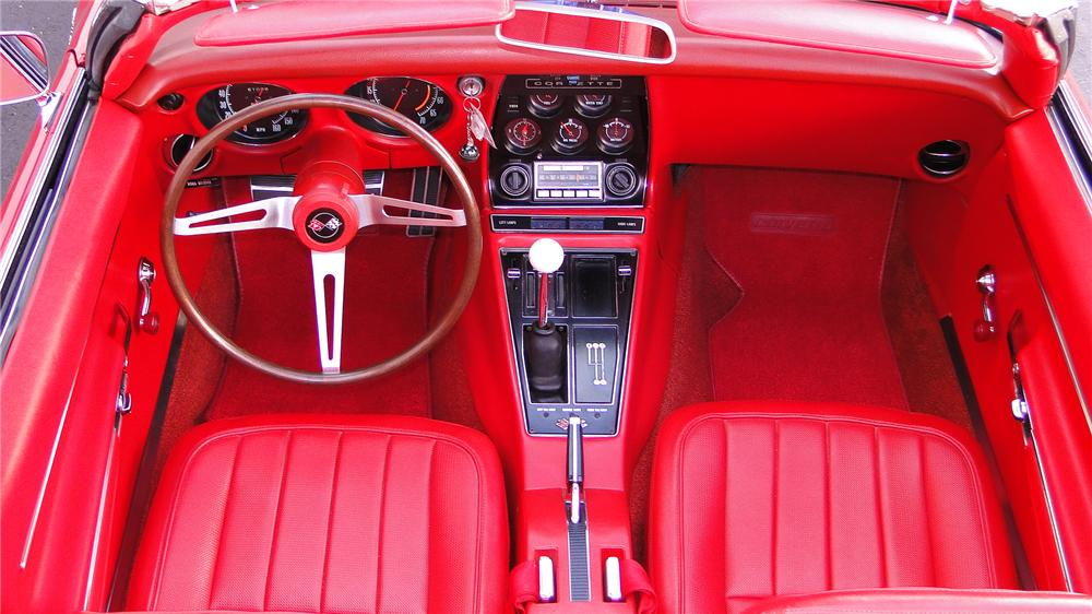 1968 CHEVROLET CORVETTE CONVERTIBLE - Interior - 132911