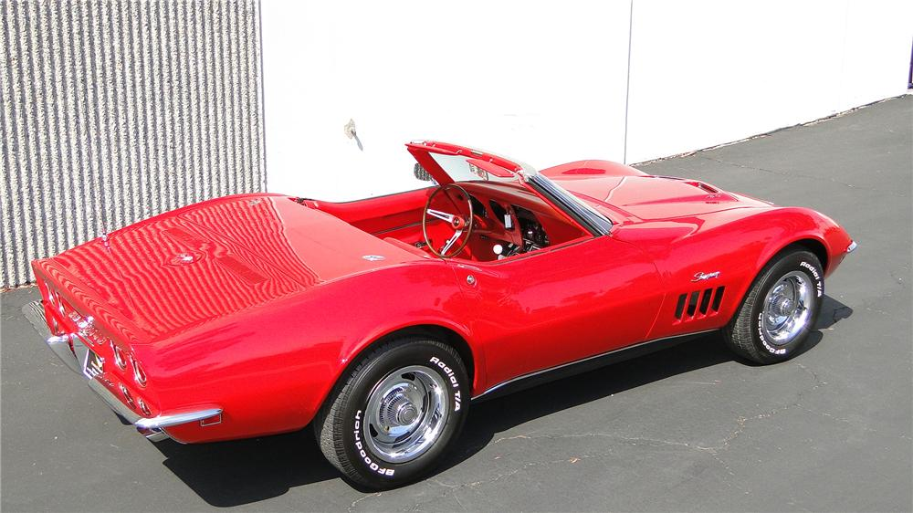 1968 CHEVROLET CORVETTE CONVERTIBLE - Rear 3/4 - 132911