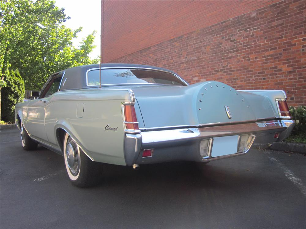 1970 LINCOLN CONTINENTAL MARK III 2 DOOR HARDTOP - Rear 3/4 - 132937