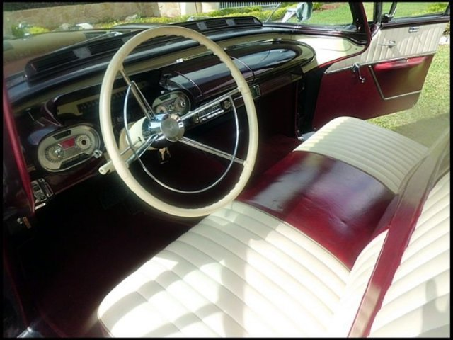 1957 MERCURY MONTCLAIR 4 DOOR SEDAN - Interior - 132940