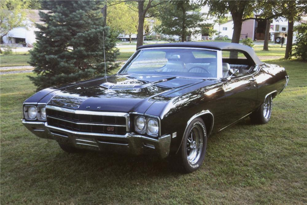 1969 BUICK GS400 CONVERTIBLE - Front 3/4 - 132949