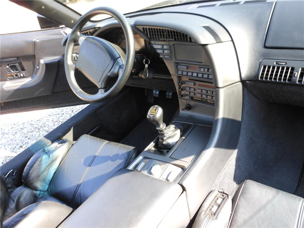 1990 CHEVROLET CORVETTE 2 DOOR COUPE - Interior - 132959