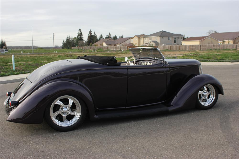 1936 FORD CUSTOM ROADSTER - Front 3/4 - 132968