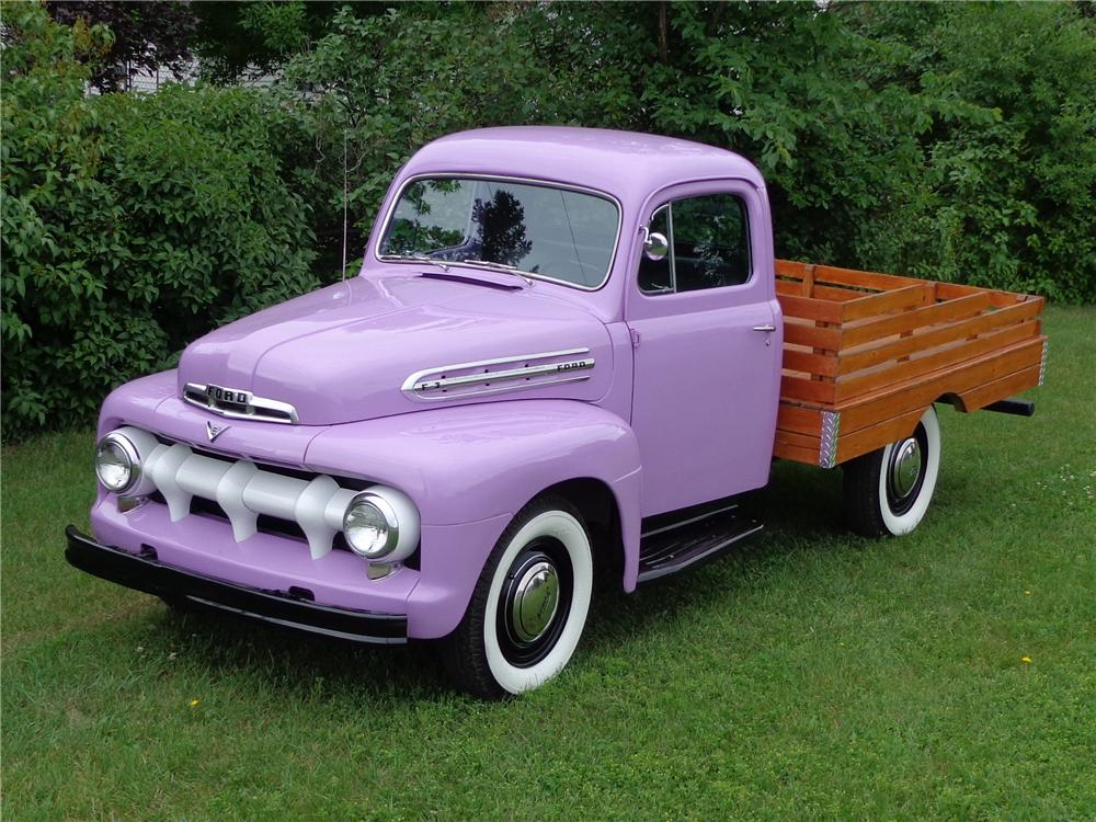 1951 FORD F-3 STAKEBED PICKUP - Front 3/4 - 132972