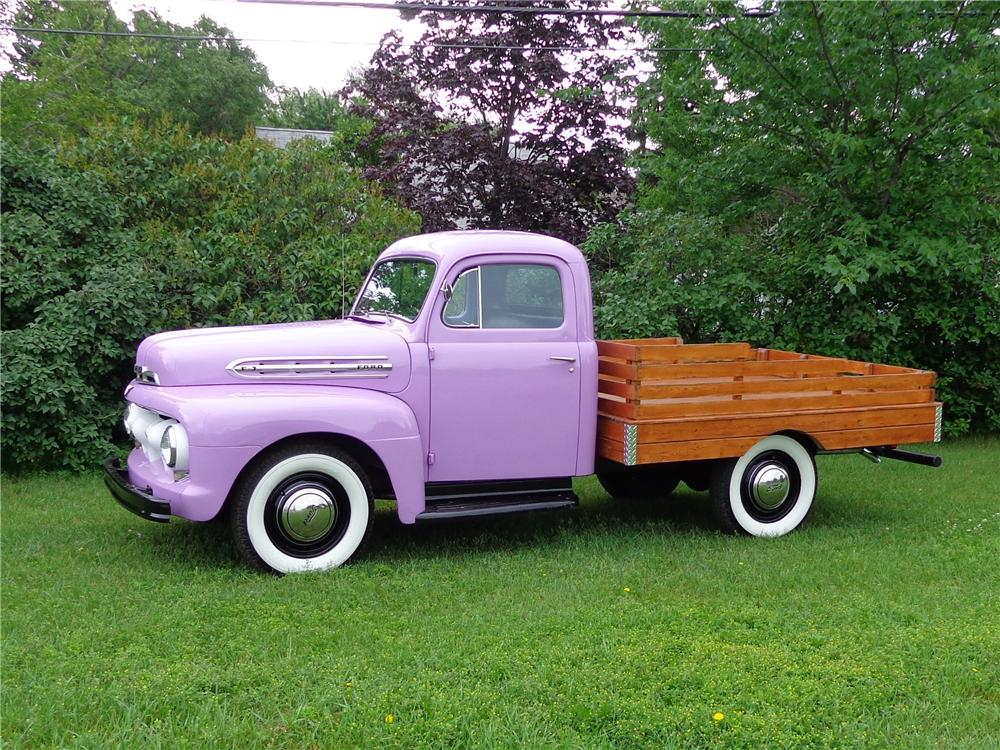 1951 FORD F-3 STAKEBED PICKUP - Side Profile - 132972
