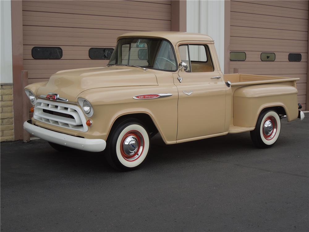 1957 CHEVROLET 3100 STEPSIDE PICKUP - Front 3/4 - 132976