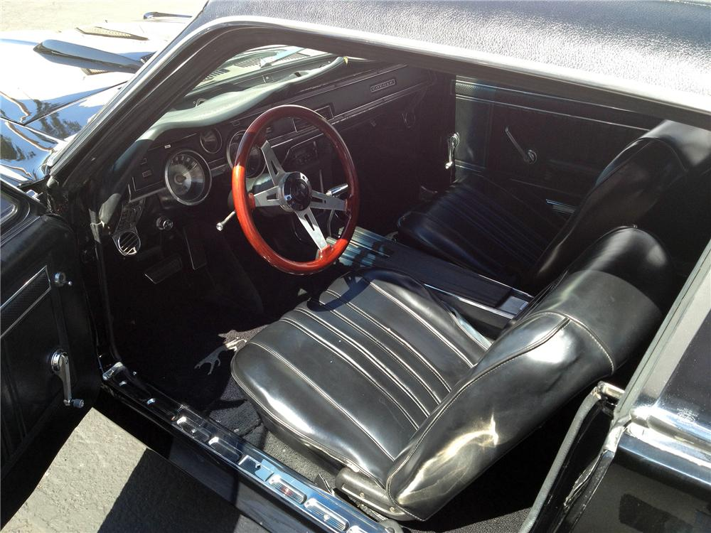1967 MERCURY COUGAR 2 DOOR HARDTOP - Interior - 133008