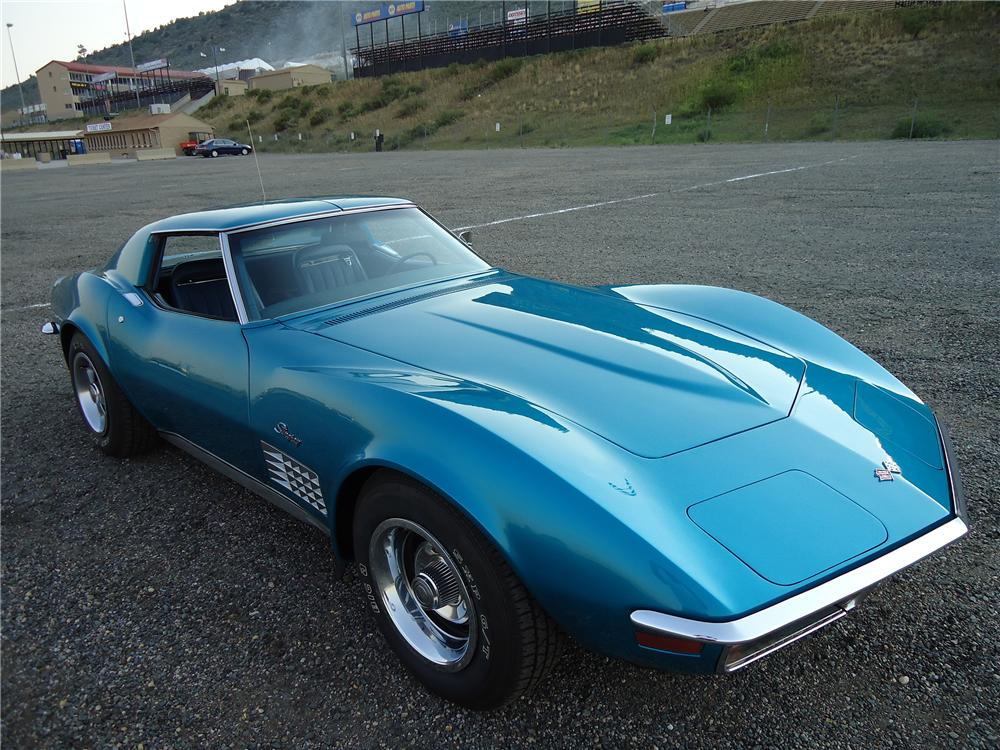1972 CHEVROLET CORVETTE 2 DOOR COUPE - Front 3/4 - 133009