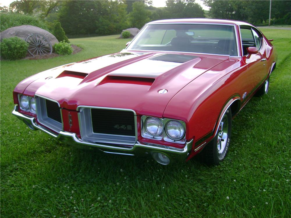 1971 OLDSMOBILE 442 2 DOOR COUPE - Front 3/4 - 133026