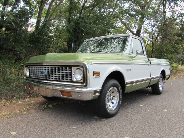 1971 CHEVROLET C-10 SHORT WIDE BED PICKUP - Front 3/4 - 133077