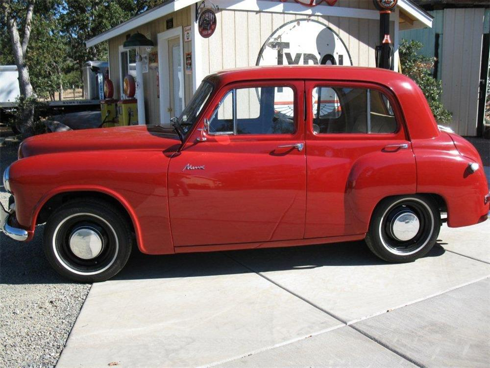 1950 HILLMAN MINX 4 DOOR SEDAN - Side Profile - 133079