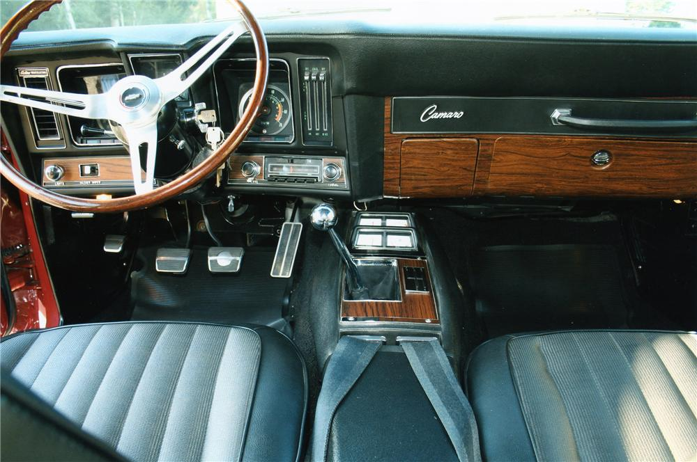 1969 CHEVROLET CAMARO RS/SS COUPE - Interior - 133085