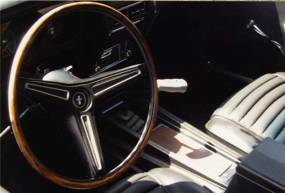 1970 FORD MUSTANG MACH 1 FASTBACK - Interior - 133138
