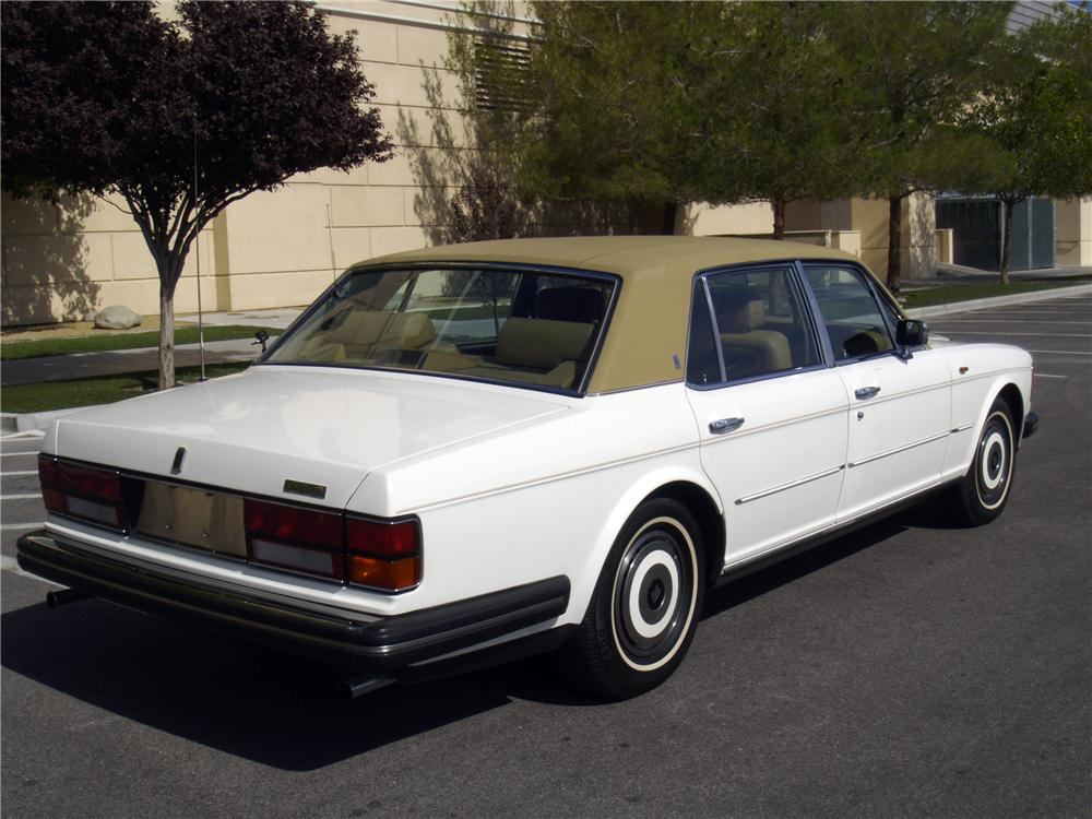 1986 ROLLS-ROYCE SILVER SPUR 4 DOOR SEDAN - Rear 3/4 - 133139