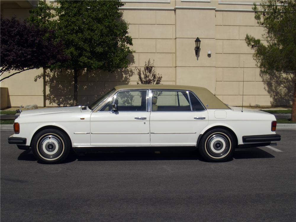 1986 ROLLS-ROYCE SILVER SPUR 4 DOOR SEDAN - Side Profile - 133139