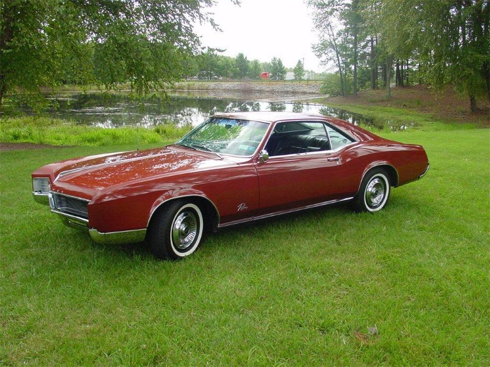 1966 BUICK RIVIERA 2 DOOR COUPE - Side Profile - 133154