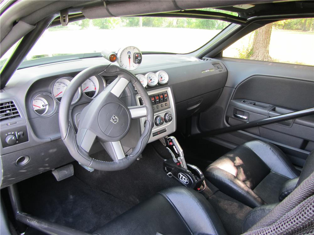 2011 DODGE CHALLENGER DRAG PACK - Interior - 133164