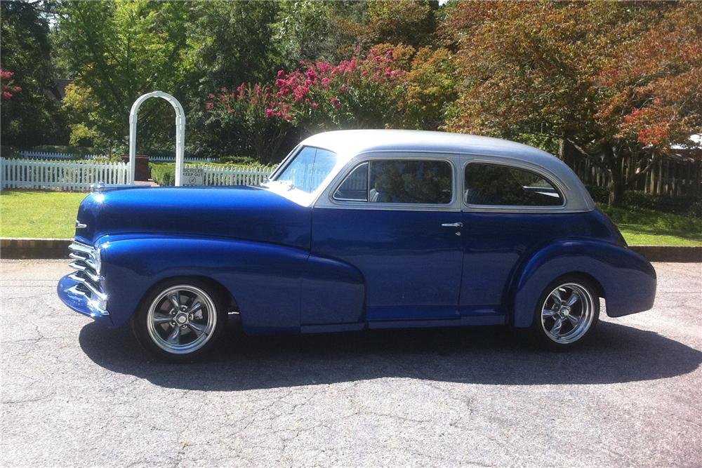 1948 CHEVROLET FLEETMASTER CUSTOM 2 DOOR SEDAN - Side Profile - 133165