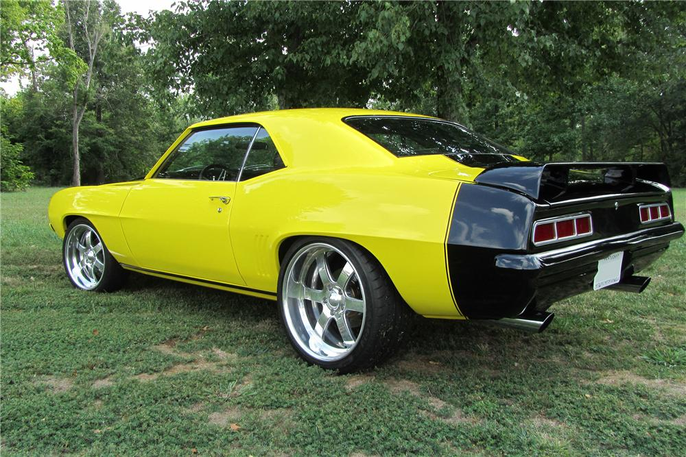 1969 CHEVROLET CAMARO PRO-TOURING COUPE - Rear 3/4 - 133166