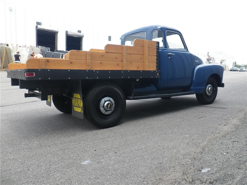 1948 CHEVROLET 5 WINDOW PICKUP - Rear 3/4 - 133173