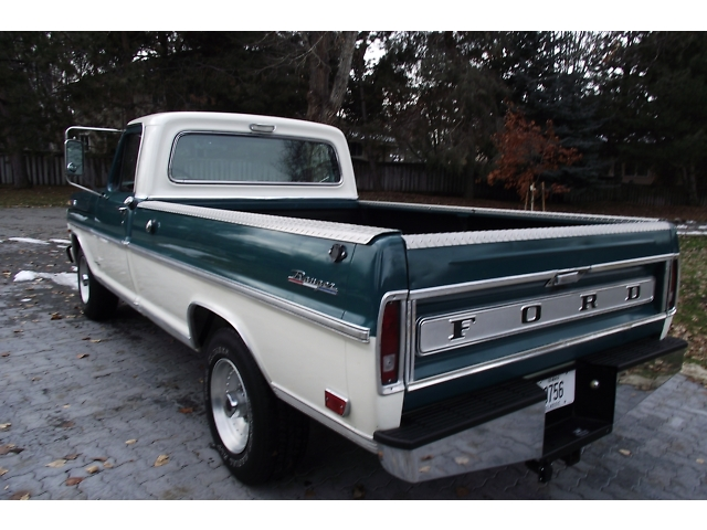 1968 FORD F-250 PICKUP - Rear 3/4 - 133175